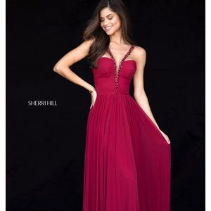 SHERRI HILL- beautiful red dress